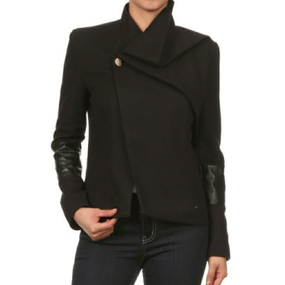 ultrachicfashion.com Jackets & Blazers - Black Peacoat Jacket w/ Leather Sleeves